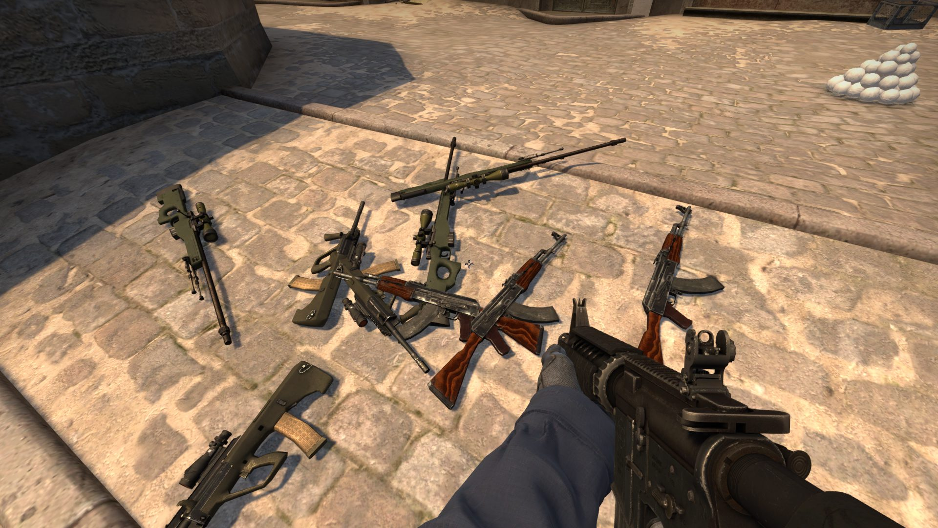 Console commands for issuing weapons in CS: GO